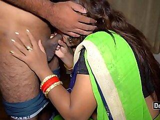 Desi Hot Bhabhi Fuck Wide of Boss In Office Strip