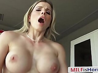 MILF POV Sex - Stepson Stuffing In For His Busy Dad